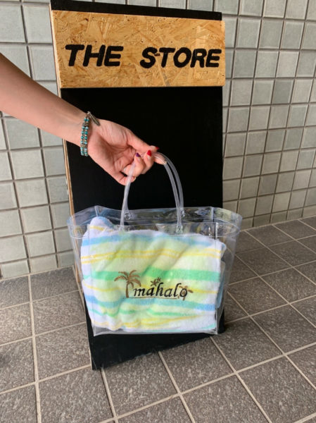 THE STORE 看板